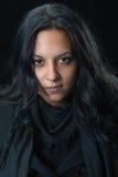 Femme gitane sérieuse de portrait Image libre de droits