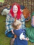 Femme habillée dans le costume de la période celtique Image stock
