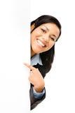 Femme heureuse d'affaires de métis se dirigeant à l'OIN vide de l'espace de copie Photo libre de droits
