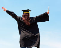 femme heureuse de graduation Photographie stock libre de droits