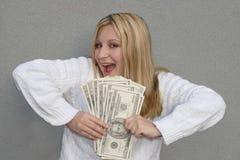 Femme heureux avec de l'argent Photos stock