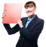 Femme heureux d'affaires avec le dépliant rouge Image stock