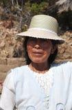 Femme inconnue sur l'île de la lune Photographie stock libre de droits