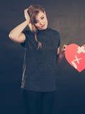 Femme malheureuse avec le coeur brisé Photo stock