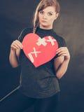 Femme malheureuse avec le coeur brisé Photo libre de droits