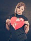 Femme malheureuse avec le coeur brisé Image stock