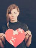 Femme malheureuse avec le coeur brisé Images libres de droits