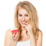 Femme mangeant le gâteau Image libre de droits