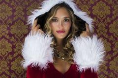 Femme mignonne de Santa Photographie stock