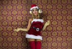 Femme mignonne de Santa Photos libres de droits