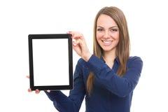 Femme montrant l'ordinateur de comprimé Photographie stock