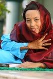 Femme musulman dans la mosquée Photographie stock libre de droits