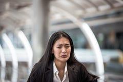 Femme pleurant et frustrée, Image libre de droits