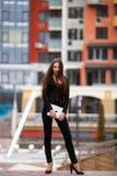 Femme positive d'affaires Photo stock