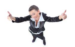 Femme réussi d'affaires effectuant le signe en bon état Images stock