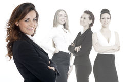 Femme réussie d'affaires se tenant avec son personnel Photo stock