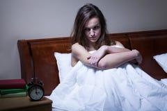 Femme réveillée à 3 a M Photos stock