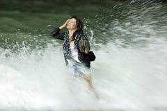 Femme rectifié dans le rupteur photo libre de droits
