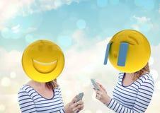 Femme riant et pleurant Emoji font face Photo stock