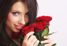 femme rose de rouge photos libres de droits