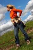 Femme, route et nuages. Sibir. Images libres de droits