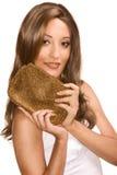 femme s'usant de perruque de bourse Arabe de fixation photos stock