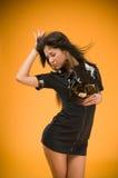 Femme sensuelle de police de brunette Photographie stock libre de droits
