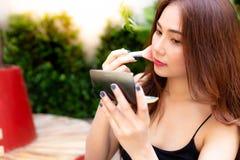 Femme sexy avec du charme de portrait belle Beau wom attrayant photographie stock libre de droits