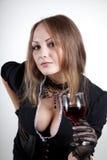 Femme sexy avec la glace de vin Images libres de droits