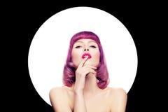 Femme sexy avec le maquillage coloré et les cheveux Photo libre de droits