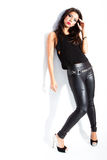 Femme sexy dans le vêtement noir Images stock