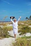 Femme supérieure active heureuse Photos libres de droits