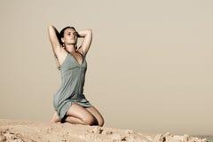 Femme sur la plage Photos libres de droits