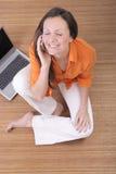Femme sur le téléphone portable Image libre de droits
