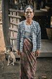 Femme tatouée de Chin Tribe Villages, Myanmar image libre de droits