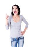 Femme étonnée criant et se dirigeant à l'espace de copie. Photo stock