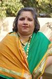 Femme traditionnelle dans l'Indien village-4 photos stock