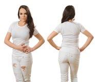 Femme utilisant l'avant et le dos de chemise blancs vides Photographie stock