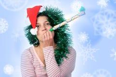 Femme utilisant un chapeau de Santa Images libres de droits