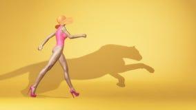Femme utilisant un maillot de bain Image libre de droits
