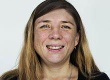 Femme visage-russe du monde à un arrière-plan blanc Photo stock