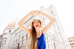 Femme voyageant dans la ville de Florence Photo libre de droits