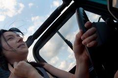 Femmes à l'étude de mouvement de roue Image libre de droits