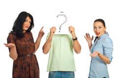 Femmes étonnés avec le type inconnu Images libres de droits