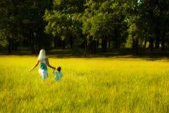 Femmes avec l'enfant Photographie stock