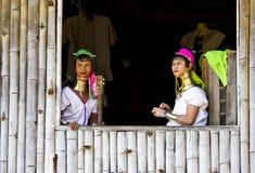Femmes birmannes de girafe Images libres de droits