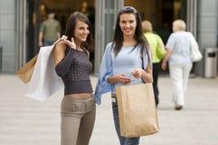 Femmes d'achats Photographie stock libre de droits
