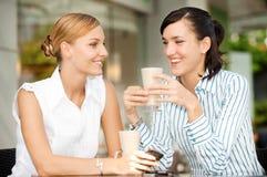 Femmes d'affaires avec du café Photo libre de droits