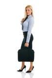 Femmes d'affaires confiantes avec la serviette Image stock