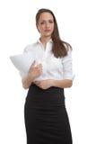 Femmes d'affaires mignonnes retenant des documents Photographie stock